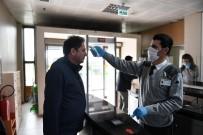 OSMANGAZI BELEDIYESI - Osmangazi'de Dezenfekte Ve Sosyal Mesafe Üst Düzeyde