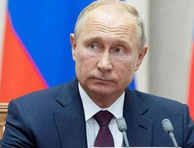 Putin'den çöküş sinyali!