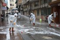 FARUK ÇELİK - Şehzadeler Belediyesi Sevgi Yolları Ve Eczaneleri Dezenfekte Etti