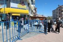 MEHMET AKİF ERSOY - Sosyal Yardım Ödemesi İçin PTT'ye Gelenler, Uyarılarak Geri Gönderildi