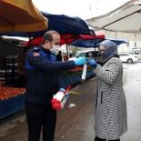 OSMANGAZI BELEDIYESI - Alışverişe Çıkan Vatandaşa Maskeler Osmangazi'den