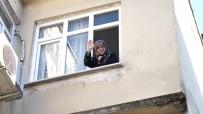 UMRE - 'Biz Bize Yeteriz Türkiyem' Kampanyasına Altınlarını Bağışladı