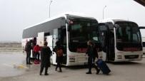 MEHMET AKİF ERSOY - Çanakkale'ye Otobüs Ve Minibüs Girişleri Durduruldu
