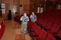 BELEDİYE MECLİSİ - Ceyhan'da Seçimin Yapılacağı Salon Dezenfekte Edildi