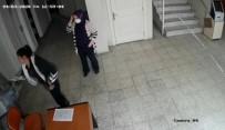 AİLE SAĞLIĞI MERKEZİ - İzmir'de Aile Sağlık Merkezinde Hemşireye Darp