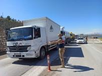KONTROL NOKTASI - Malatya'ya Giriş Çıkışlar Kapatıldı