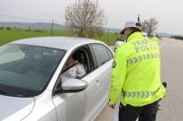 KARAKOL KOMUTANI - Manisa İl Sınırında Uygulama;  Araçlar Geri Gönderiliyor