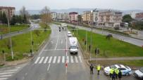 KONTROL NOKTASI - Polislerin Geri Çevirdiği Otomobiller Havadan Görüntülendi