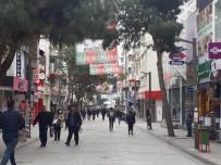MUSTAFA YıLMAZ - Uyarılara Aldırış Etmeyen Vatandaşlar Karşıyaka'da Sokakları Doldurdu