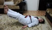 PİKNİK ALANLARI - Down Sendromlu Hilal, Evinde Antrenman Yapıyor