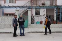 OLAY YERİ İNCELEME - Karaman'da Yerel Televizyon Sahibinin Evi Kurşunlandı