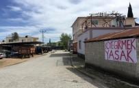 SEYYAR SATICILAR - Köylülerden Gönüllü Karantina Açıklaması 'Köye Girmek Yasak'
