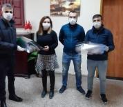 MİLLİ EĞİTİM MÜDÜRÜ - Öğretmenlerden Sağlık Çalışanlarına Maske