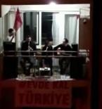 PAMUKKALE - Balkona Orkestra Sistemi Kurdular, Doyasıya Eğlendiler