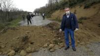 GÜZERGAH - Bursa Kocaeli Arasındaki Dağ Yolu Toprakla Kapatıldı, Uyanık Sürücüler Yolda Kaldı