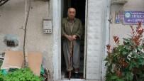 ŞEKER HASTALıĞı - Gönüllere Taht Kuran Burhan Amca Hastaneye Kaldırıldı
