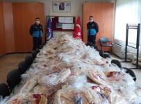 SEYYAR SATICILAR - Manisa'da Açıkta Satılan 7 Bin Ekmeğe El Konuldu