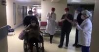 KIRMIZI GÜL - Ordu'da Korona Virüsünü Yenen 3 Hasta Alkışlarla Taburcu Edildi