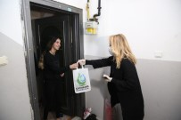 LİSE ÖĞRENCİSİ - (Özel) Kocaeli'de Evde Kalan Vatandaşlara Ücretsiz Kitap Servisi Yapılıyor
