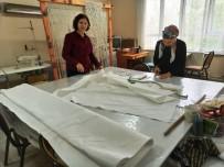 HALK EĞİTİM - Sarıgöl'de Üzüm Üreticilerine Koruyucu Maske Yapıldı
