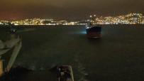 ŞİDDETLİ FIRTINA - Şile Açıklarında Fırtına Nedeniyle Sürüklenen Geminin Kurtarılma Anı Kamerada