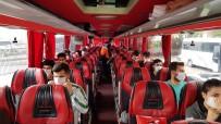 ÜNİVERSİTE ÖĞRENCİSİ - 14 Günlük Karantina Süresi Dolan Öğrenciler Evlerine Gönderildi