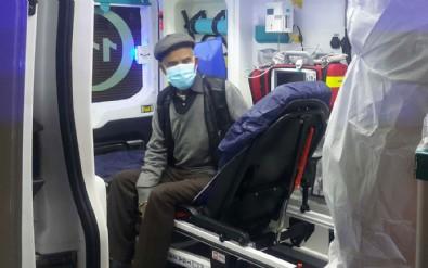 Ateşi yüksek çıkan hastayı polisten kaçırmaya çalıştı