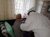 HASAN AKGÜN - Büyükçekmece'de Evinden Çıkamayan Vatandaşlara Evde Sağlık Hizmeti Veriliyor