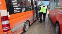 Erzurum'da Toplu Taşıma Araçlarına Uyarılar Asıldı