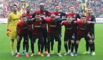 MEHMET ERDEM - Gaziantep FK'da Futbolculara Seyahat İzni Verildi