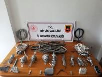 BİTLİS - Hırsızlık Şüphelisi 3 Kişiye 3 Bin 150'Şer TL 'Sokağa Çıkma' Cezası