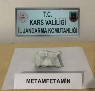 Kars'ta 2 Kişi Uyuşturucu Maddeyle Yakalandı