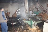 SANAYİ SİTESİ - Marangoz Atölyesinde Korkutan Yangın