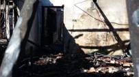ŞİDDETLİ RÜZGAR - Sobadan Çıkan Yangın Evi Kül Etti