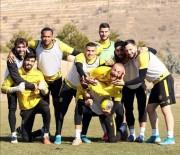 MALATYASPOR - Yeni Malatyasporlu Futbolcular Taraftara Seslendi