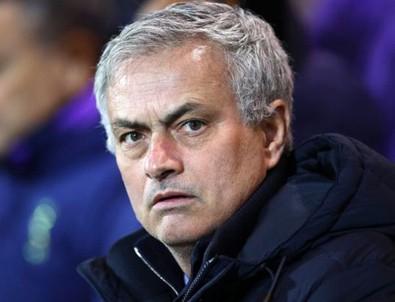 Jose Mourinho fena yakalandı!