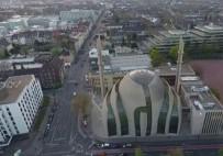Köln'de Açılışını Cumhurbaşkanı Erdoğan'ın Yaptığı Camide Ezan İlk Kez Hoparlörlerden Okundu
