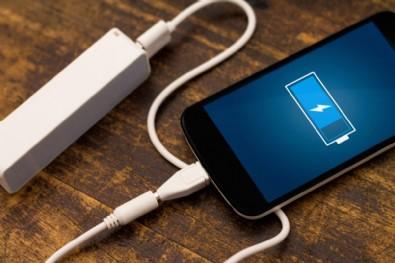 Telefonun şarjını bitiren uygulamalar...