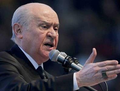 MHP Genel Başkanı Bahçeli'den flaş açıklama: Ateşle oynamaktadırlar
