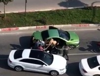 DAYAK - Trafikte tartıştığı kadınları sopayla dövdü!