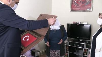 Yozgatlı Şehit Annesinden Milli Dayanışma Kampanyası'na Destek