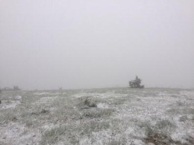Karabük'ün Yüksek Kesimlerinde Kar Yağışı Etkili Oldu