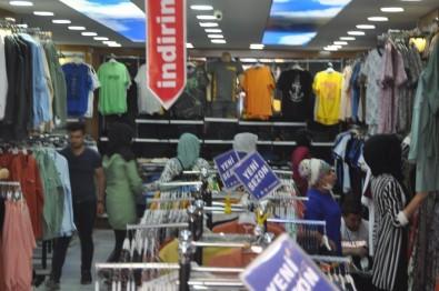 Mardin'de Kısıtlama Öncesi Mağazalarda Bayram Yoğunluğu