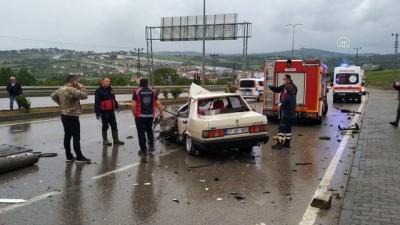 Sinop'ta Otomobille Kamyonet Çarpıştı Açıklaması 1 Ölü