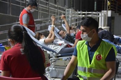 Vefa Sosyal Destek Grubu Görevlileri Kan Bağışı Yaptı