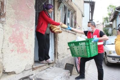 Afyonkarahisar'da Ekmekler Evlere Kadar Ulaştırıldı