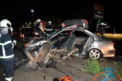 Aksaray'da 2 Otomobil Çarpıştı Açıklaması 1 Ölü 3 Ağır Yaralı