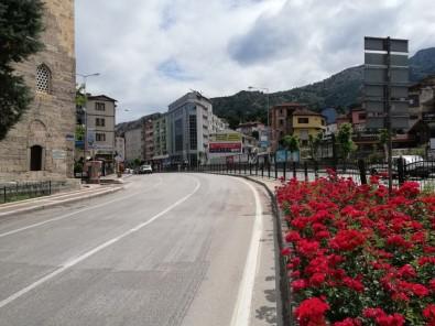 Amasyalılar Yasağa Uydu, Sokaklar Boş Kaldı