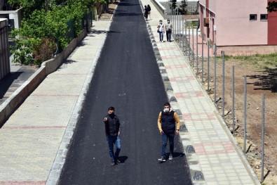 Çorlu'da Yol Ve Kaldırım Çalışmaları Sürüyor
