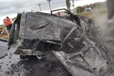 Kaza Yapan Otomobil Yandı Açıklaması 1 Yaralı